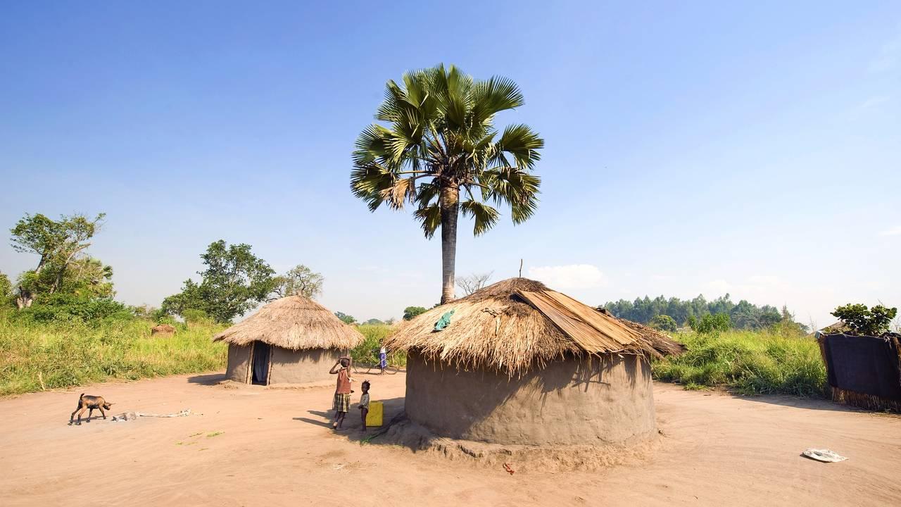 Locals in Oeganda