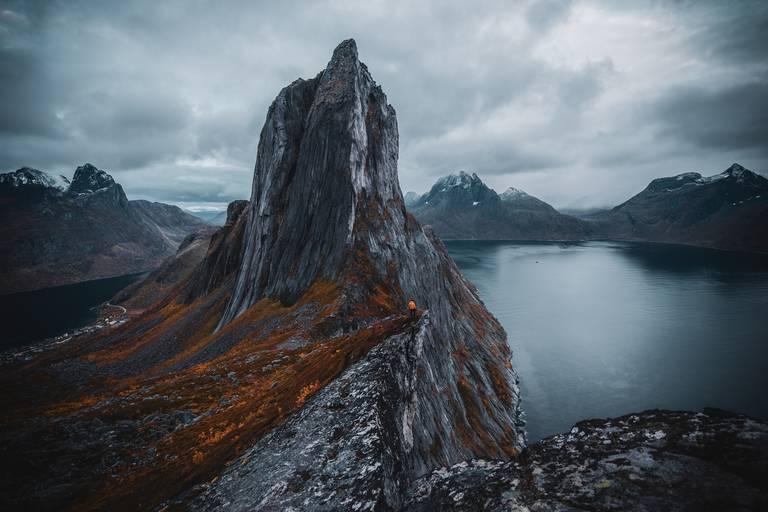 Berg bij Gryllefjord